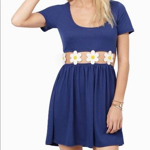 Navy dress with daisy midline